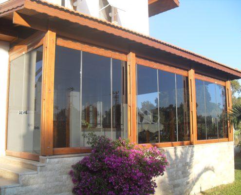 Inchideri terasa cu sticla culisanta